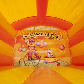 Springkussen circus